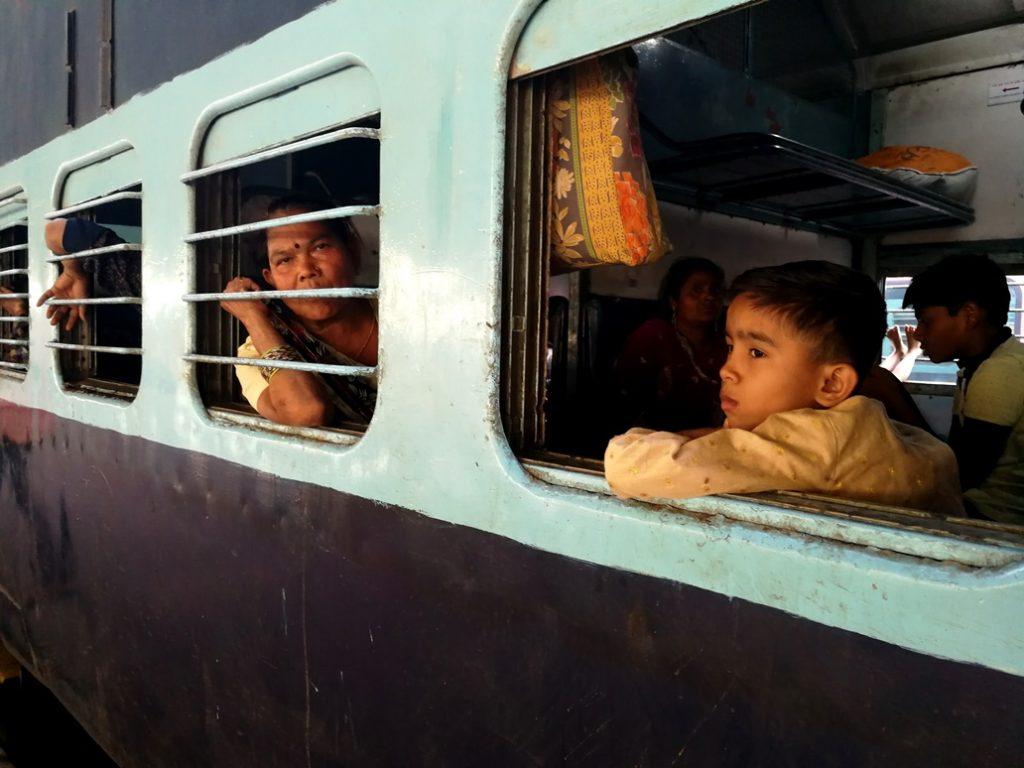 TreinIndia